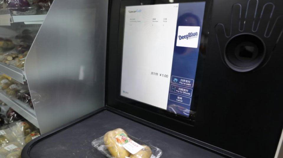 deepblue-ai-self-checkout-counter-6-min